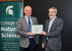Jeffrey Conner received faculty mentor award from NatSci Dean Duxbury