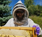 Veterans' beekeeping program topic of next Dessert with Discussion talk